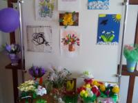 """В детском саду прошла выставка весенних цветов """"Первоцветы""""."""